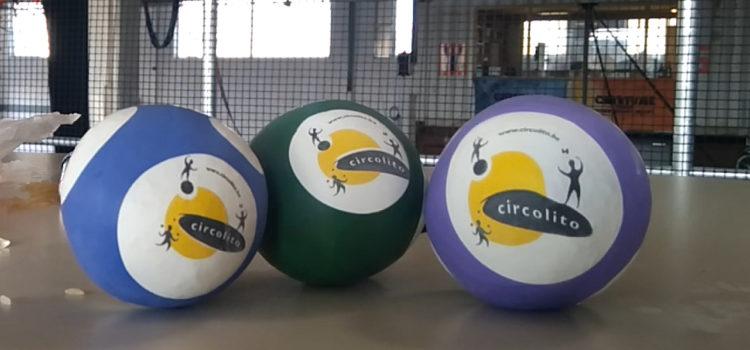 Zelf jongleerballetjes maken